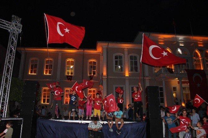 """Şeref Malkoç: """"FETÖ en büyük zararı, İslam dinine verdi"""""""