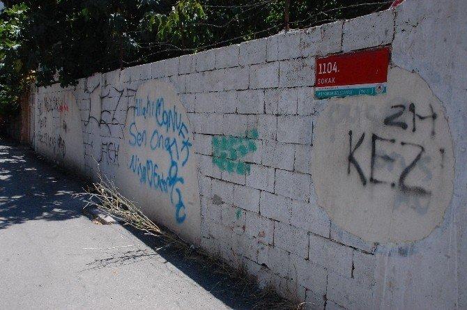 Duvar yazıları görüntü kirliliğine neden oluyor