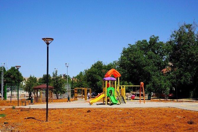 Büyükşehir Belediyesinden Erkenek Mahallesine 7 dönümlük park