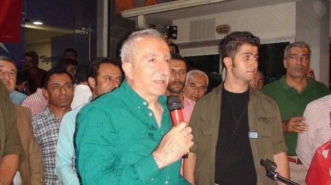 Kızıltepe'de demokrasi nöbeti  16. gününde de devam ediyor