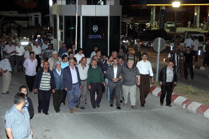 Kavak'ta demokrasi yürüyüşü