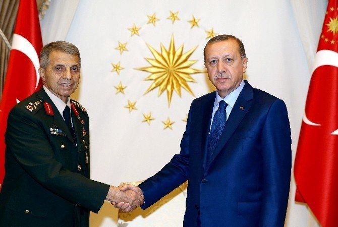 Cumhurbaşkanı Erdoğan, eski Jandarma Genel Komutanı Mendi'yi kabul etti