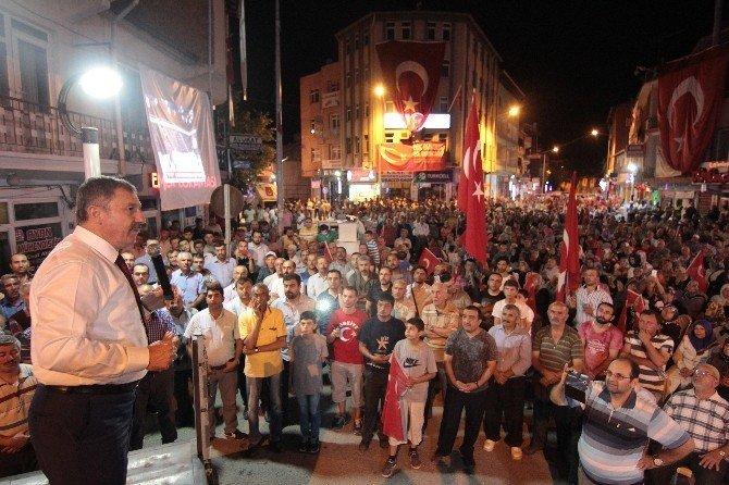 Milletvekili Özdağ Osmancık'da Demokrasi Mitingine katıldı