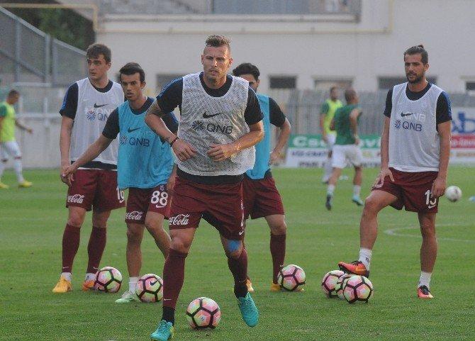 Trabzonspor savunmasında büyük rekabet