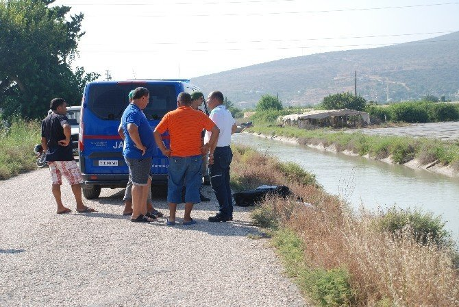 Sulama kanalına düşen motosiklet sürücüsü boğuldu