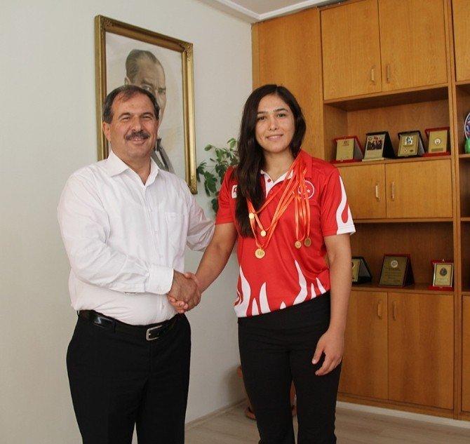 4 Edirneli güreşçi Rio'da Türkiye'yi temsil edecek