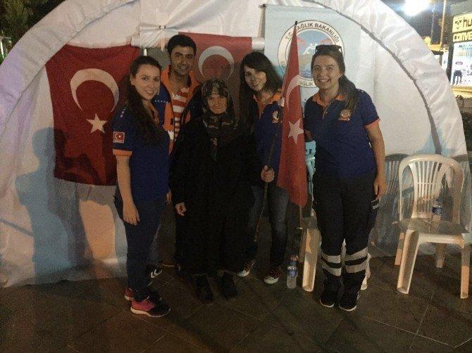 Edirne'de demokrasi nöbetlerinde kesintisiz sağlık hizmeti