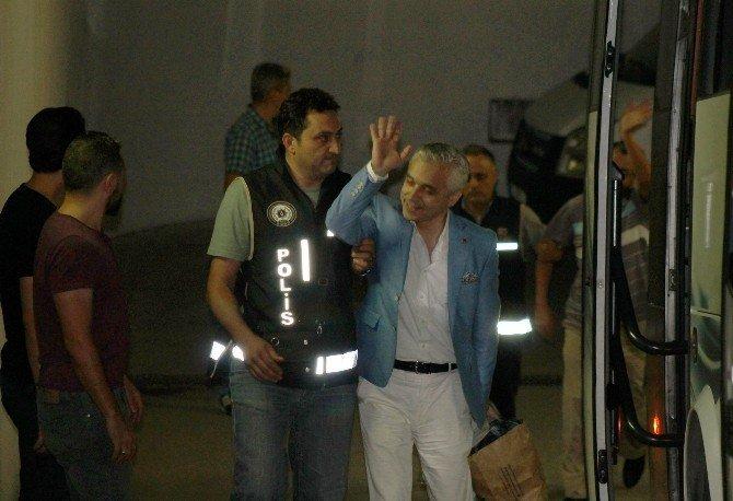 Denizli'de 19 iş adamı tutuklandı