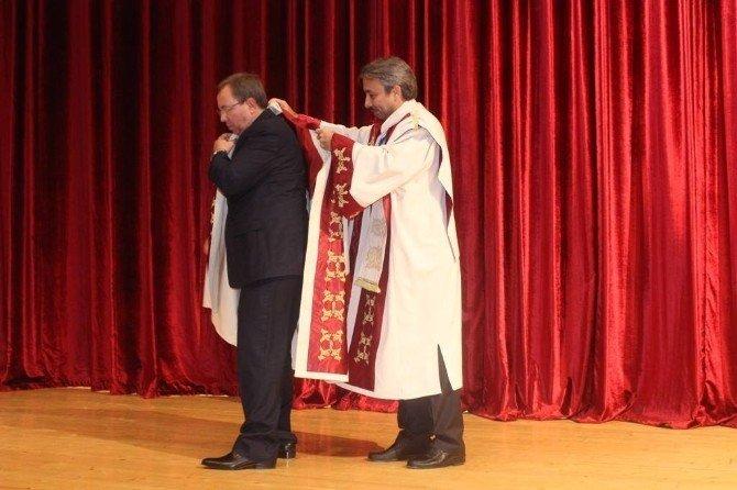Trakya Üniversitesi 9'ncu dönem Rektörü Prof. Dr. Erhan Tabakoğlu görevi teslim aldı