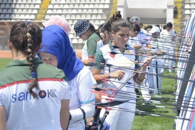 Türkiye Kulüpler Okçuluk Şampiyonası Tokat'ta yapıldı