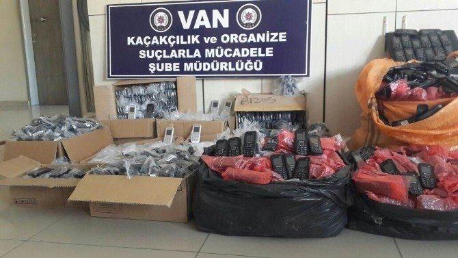 Van'da gümrük kaçağı malzeme ele geçirildi