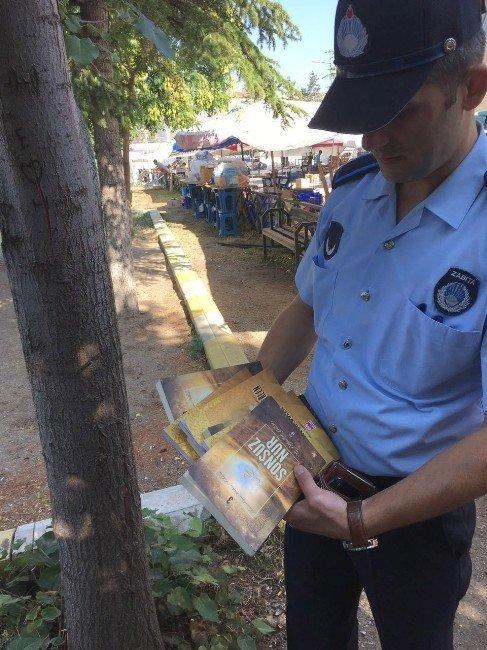 Bozüyük'te bulunan FETÖ'ye ait kitaplar emniyete teslim edildi