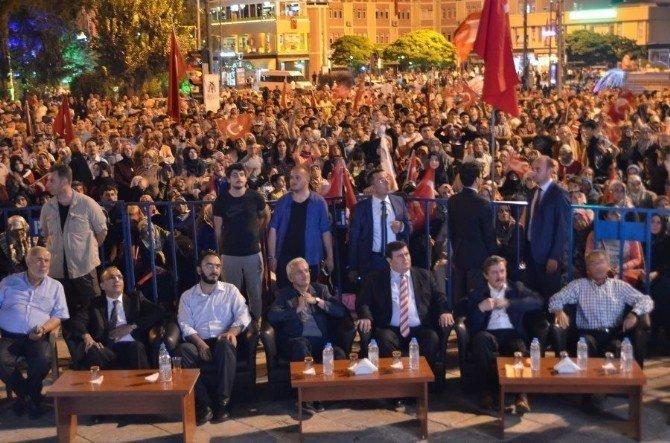 Erzincan demokrasi nöbetine noktayı koydu