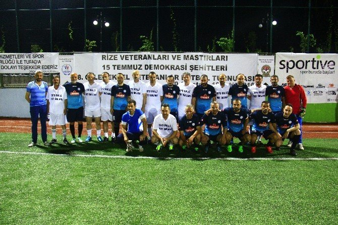 Hikmet Karaman, Veteranlar Futbol Turnuvası'nda sakatlandı