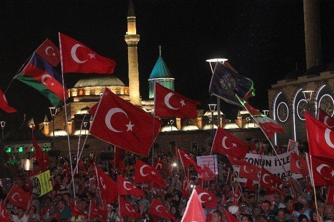 Konya'daki demokrasi nöbeti coşkuyla bitti
