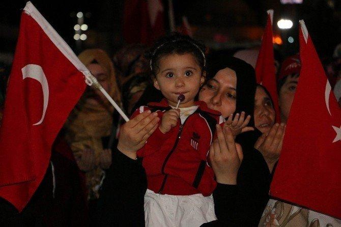 Sivas'ta 27 günlük demokrasi nöbeti sona erdi
