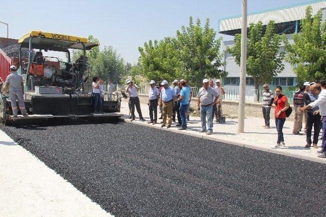 Ereğli Belediyesi sıcak asfalt serimine devam ediyor