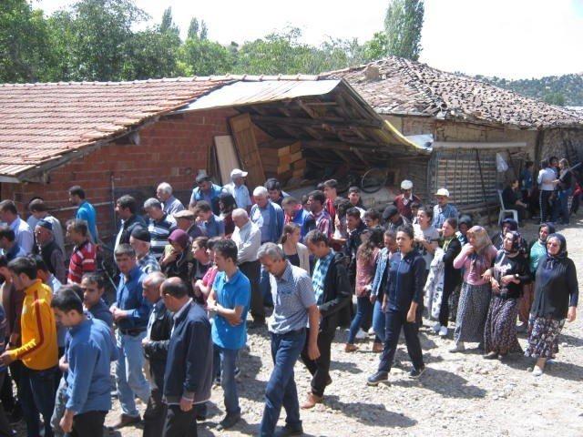 Marmaris'te Boğulan Liseli Genç Toprağa Verildi