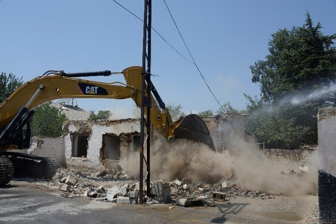 Meram'da dönüşüm çalışmaları devam ediyor