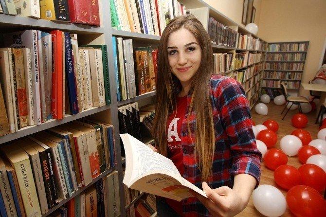 Bayraklı'da 14 mahallede kütüphane