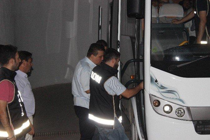 Denizli'de 15 iş adamı tutuklandı