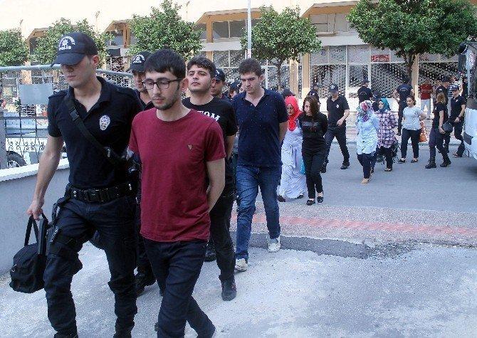 Mersin'de FETÖ operasyonunda 22 adli personel adliyeye sevk edildi