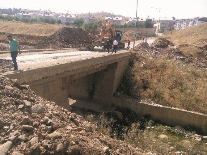 Karşıyaka'ya yeni köprü