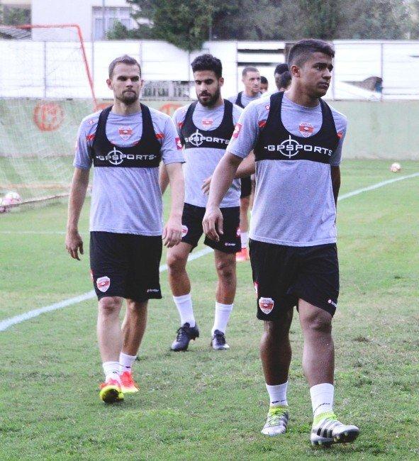 Adanaspor'da Kasımpaşa maçı hazırlıkları sürüyor