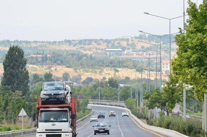 Zırhlı birlikler arazisinden bağlantı yolu