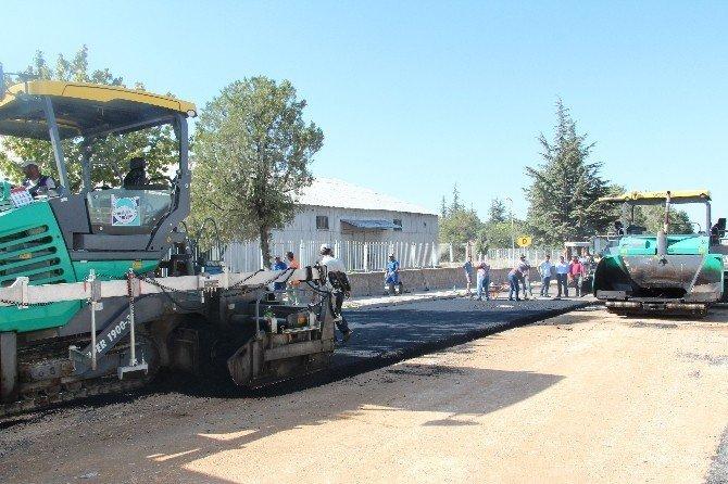 Develi'de anayollar asfaltlanıyor