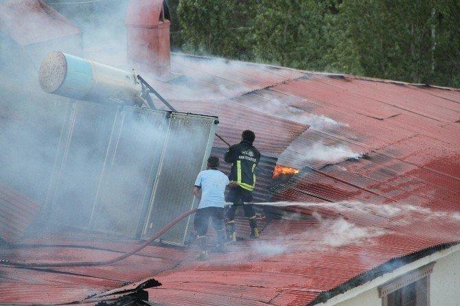 Sitede mangal keyfi yangına dönüştü