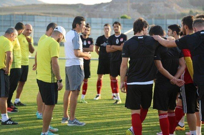 Sivasspor'da Mersin İdman Yurdu maçı hazırlıkları sürüyor
