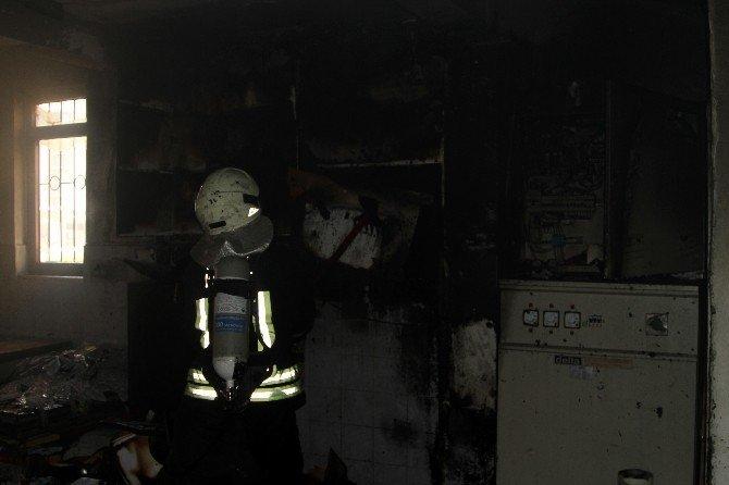 Fethiye'de matbaa yangını
