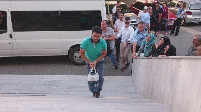 Çorlu'da FETÖ operasyonunda gözaltına alınan 47 kişi adliyede
