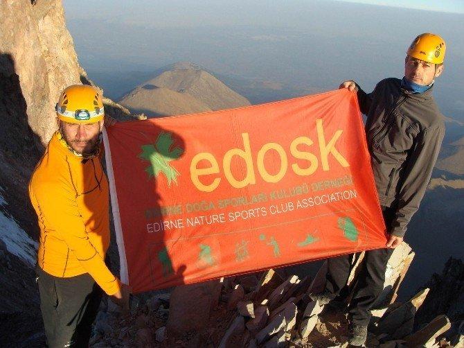 EDOSK dağcıları Erciyes zirvede