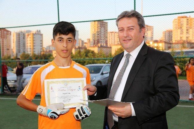 Genç futbolcular akademide final yaptı