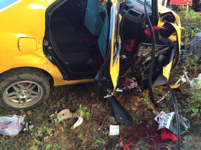 Tekirdağ´da Katliam gibi kaza: 2 ölü, 3 yaralı