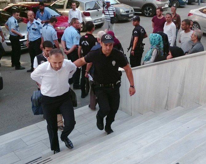 Adliyeye sevk edilen 47 kişiden 9'u tutuklandı