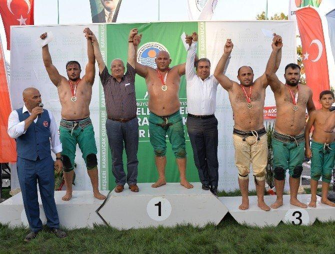 """Başkan Kocamaz, """"Türkiye ve dünyaya yeni şampiyonlar kazandıracağız"""""""