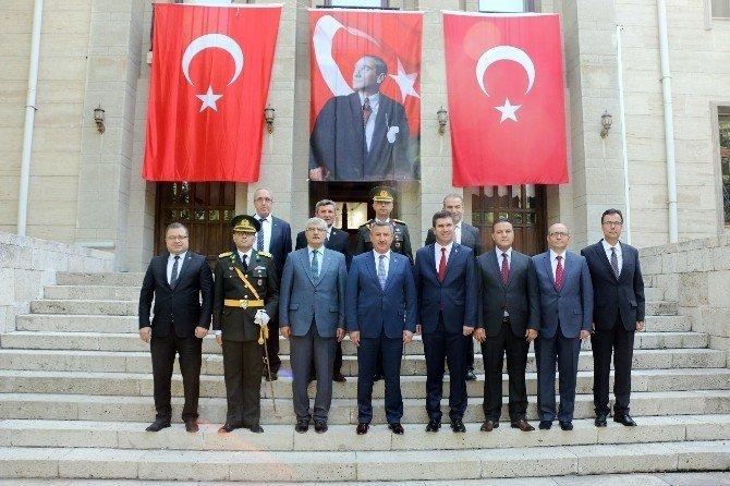 Burdur'da 30 Ağustos Zafer Bayramı coşkusu