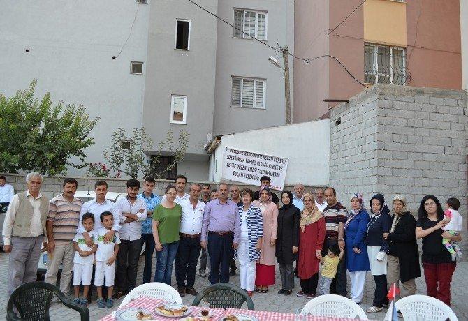 Mahalle sakinlerinden Başkan Gürsoy'a teşekkür