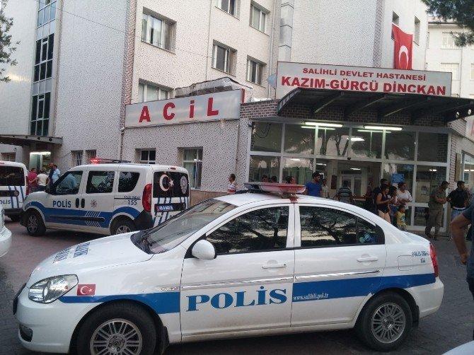 Manisa'da kavgayı ayırmak isterken yaralanan polisin durumu ciddiyetini koruyor