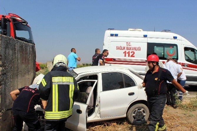 Manisa'da trafik kazası: 1 ölü, 1'i ağır 3 yaralı