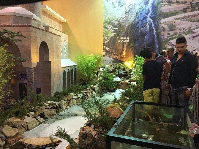 Manisa'nın 17 ilçesine İEF'de ziyaretçi akını