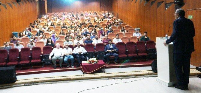 Ağrı'da öğretmen adaylarına seminer
