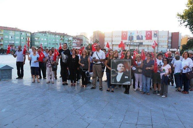 Atatürkçü Düşünce Derneği Niğde Şubesi Başkanı Nihal Açıkgöz;
