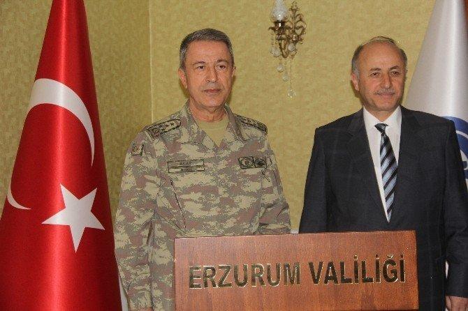 Genelkurmay Başkanı Orgeneral Akar, Erzurum'da
