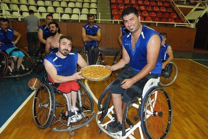 Büyükşehir Gaziantepspor start verdi