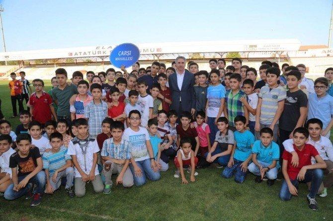 Elazığ'da 12 yaş mahallelerarası futbol turnuvası başladı