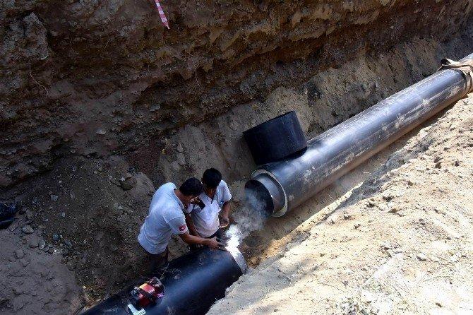 Salihli'de jeotermal ana boruları yenilendi